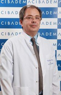 prof-dr-ziya-akar