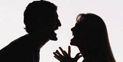 kadın erkek kavga tartışma