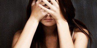 bagimli-uyusturucu-kadin-depresyon
