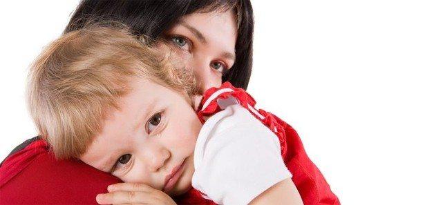 Bir çocuğun kırmızı gözleri: nedenleri, tedavisi ve korunması