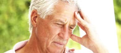 Alzheimer-yasli-adam