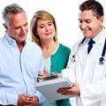 hasta-doktor-gorusme-muayene-yasli